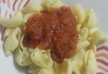 Αχιβάδες με σάλτσα καρότου